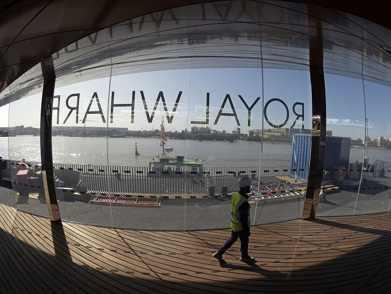 London's newest pier makes its appearance