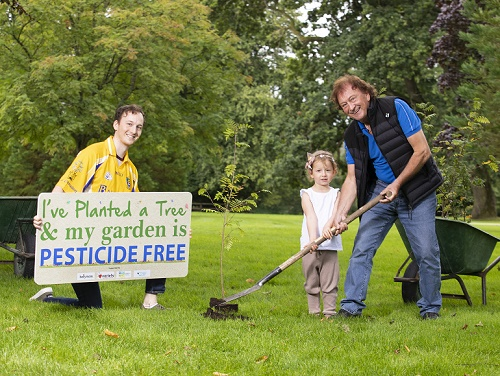 Schoolchildren to green Roscommon and help the planet