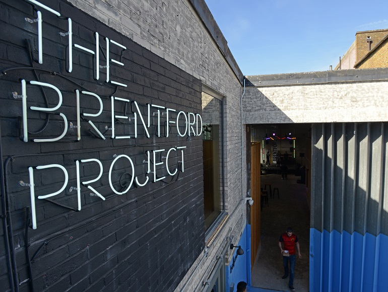 欣欣向榮的布倫福德項目(The Brentford Project)